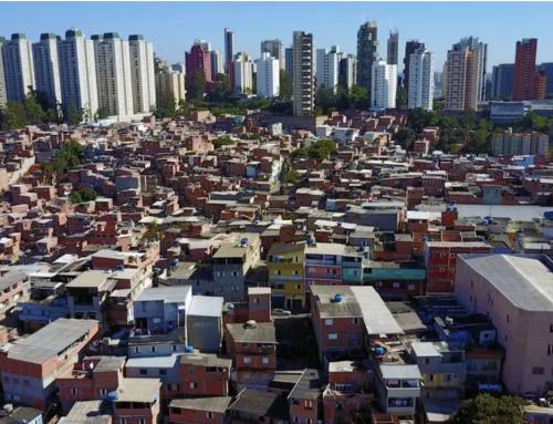 Matéria do Estadão: Na Favela, escola vira centro para morador se isolar